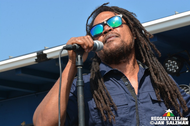 Huntington Beach Live Reggae