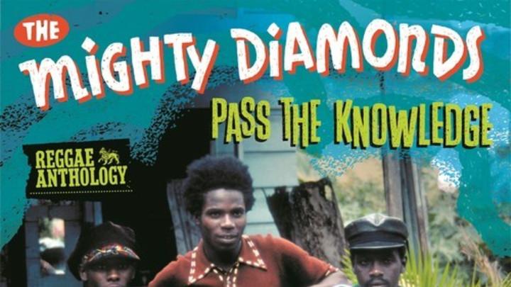 The Mighty Diamonds - Pass The Kouchie [10/18/2013]