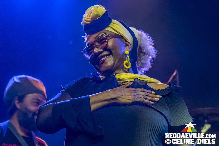 Marcia Griffiths & The Roots Harmonics Band