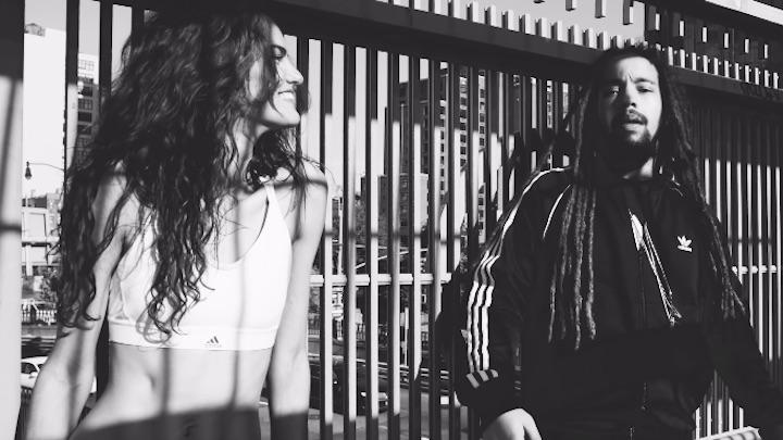 Barbara Fialho feat. Jo Mersa Marley - Um Beijo [11/30/2018]