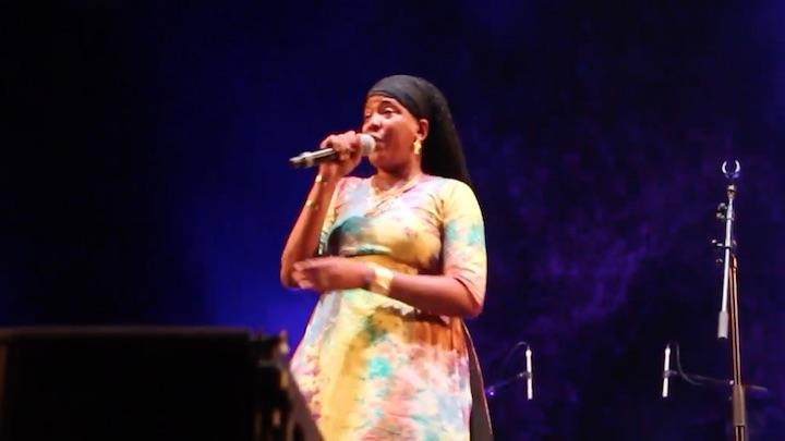 Dezarie - Wikipedia