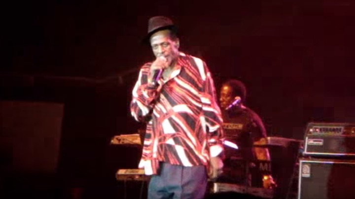 Gregory Isaacs - Long Beach, CA, United States @ Long Beach Sports Arena [2/21/2010]