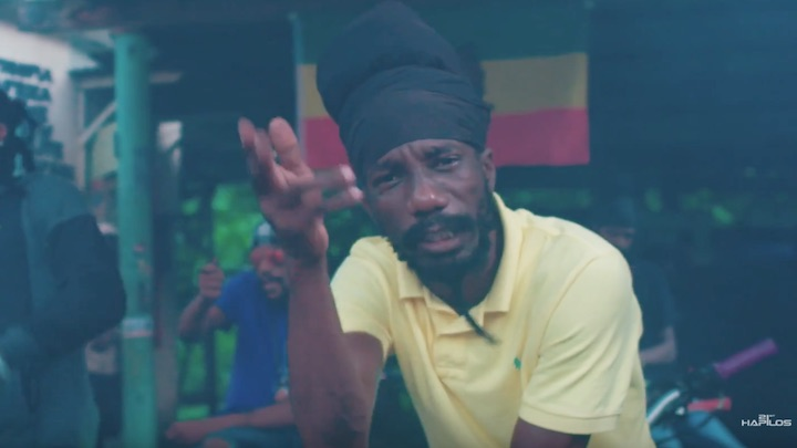 Smokie Benz feat. Anthony Season & Sizzla - Nah Stop Fight [11/8/2018]