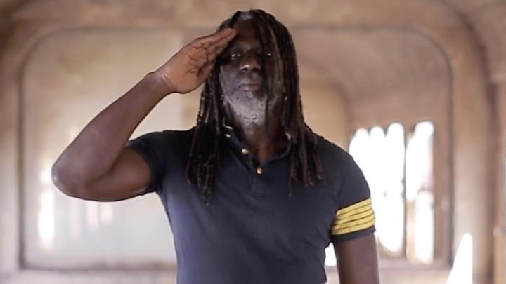 Tiken Jah Fakoly feat. Soprano - Le Monde Est Chaud [3/8/2019]