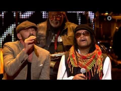 Gentleman feat. Maxi Priest, Dean Fraser and more - Redemption Song in Berlin, Germany @ Echo Awards 2015 [3/26/2015]