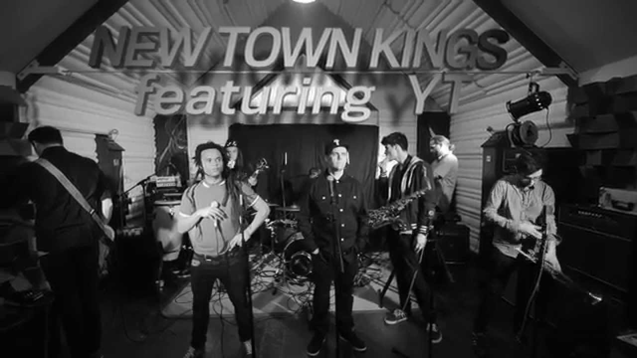 New Town Kings feat. YT - Luna Rosa [11/23/2015]
