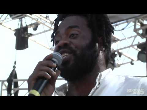 Exco Levi - Under My Sheets @ Reggae On The River 2015 [8/2/2015]
