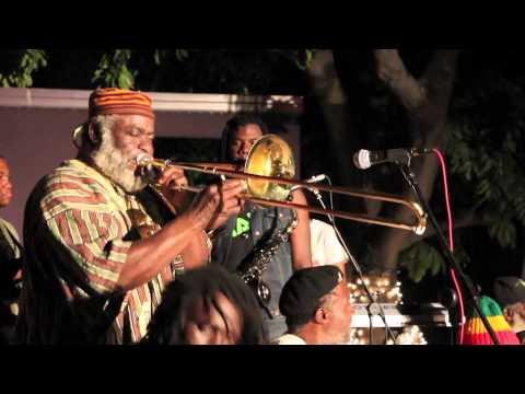 Nambo Robinson, Mystic Revelations of Rastafari & I-dren in Kingston, Jamaica @ Redbones Cafe [2/17/2015]
