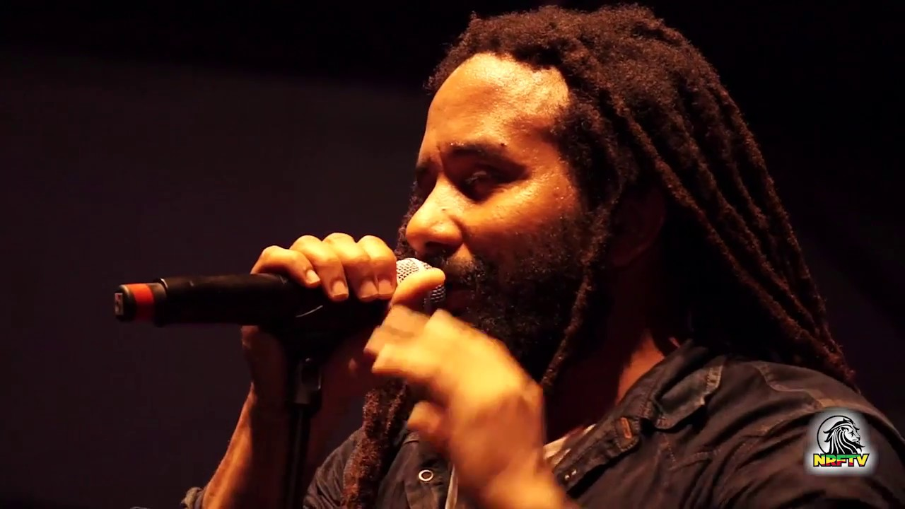 Video: Ky-Mani Marley - Redemption Song @ Nomade Reggae Festival