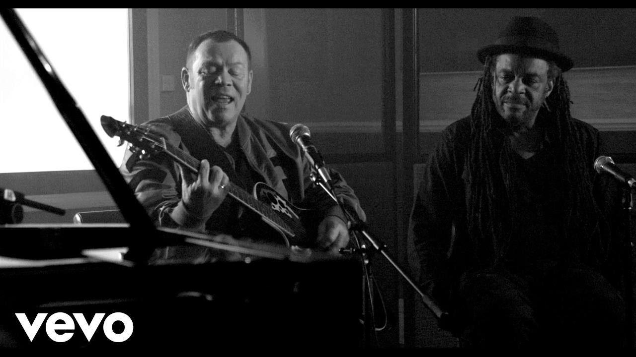 UB40 featuring Ali, Astro & Mickey - Red Red Wine (Unplugged) [11/14/2016]