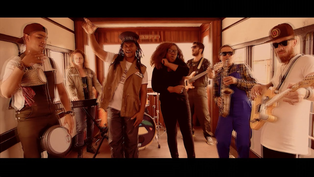 Afrodizia feat. Rica Newell - Estação Brasil [7/31/2020]