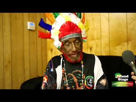 Interview with Lee Scratch Perry @ Riot Fest 2015 by Island Stage [9/11/2015]