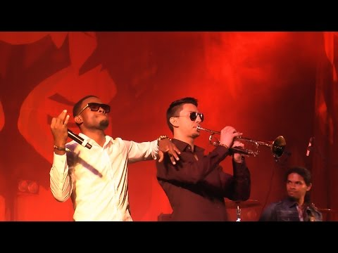 OMI & the Oufah Band - Cheerleader @ Ruhr Reggae Summer - Dortmund 2015 [6/5/2015]