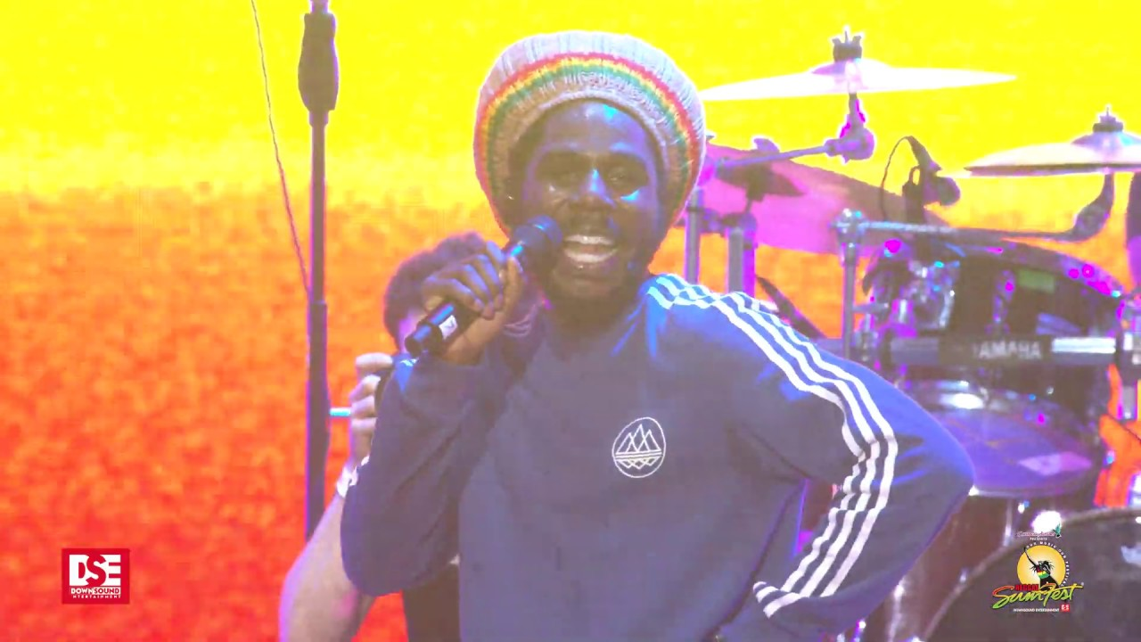Chronixx feat. Mr. Eazi @ Reggae Sumfest 2019 [7/20/2019]