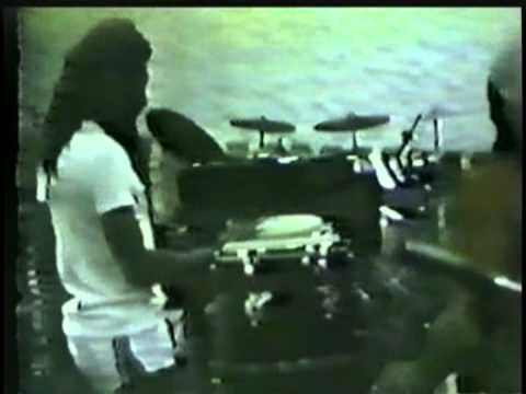 Bob Marley & The Wailers - Bass Is Heavy (Criteria Studios Rehearsal) [9/14/1980]