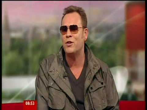Ali Campbell @ Breakfast Show BBC 1 [5/7/2009]