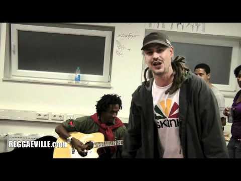 Backstage Jam Session: Ky-Enie feat. Ganjaman & Cornadoor @ Reggaeville Weekender [8/27/2011]