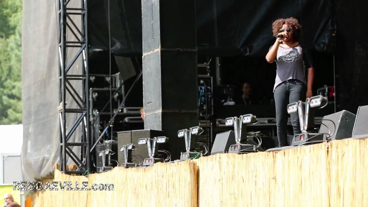 Tanya Stephens @Reggae Geel [8/4/2012]