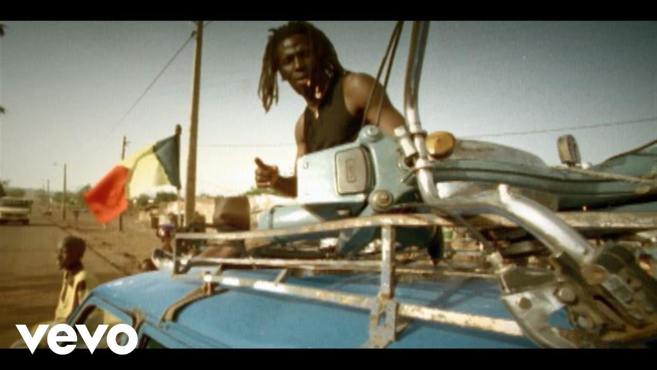 Tiken Jah Fakoly ft. Yaniss Odua - Y'en A Marre [2002]