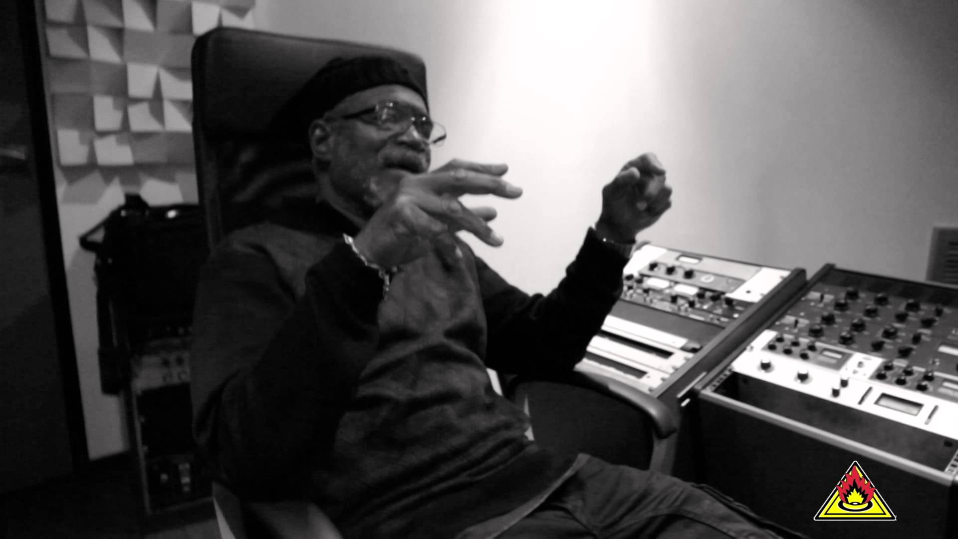 Horace Andy & Fogata Sounds - Borrow Next Sound [3/5/2015]