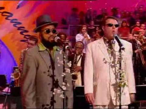 Prince Buster, Suggs & Georgie Fame - Enjoy Yourself @ Jools' Spring Hootenanny [4/1/2003]