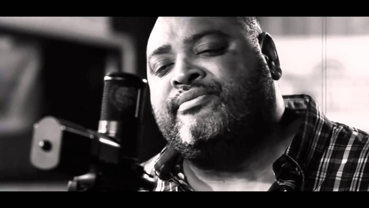 Fiji & Common Kings - Junior Seau Tribute [5/11/2012]