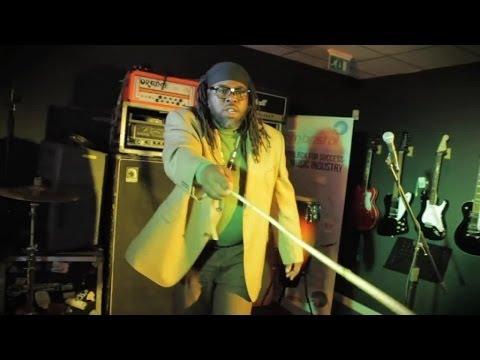 Mungo's HiFi feat. Solo Banton - Dancehall School [6/2/2014]