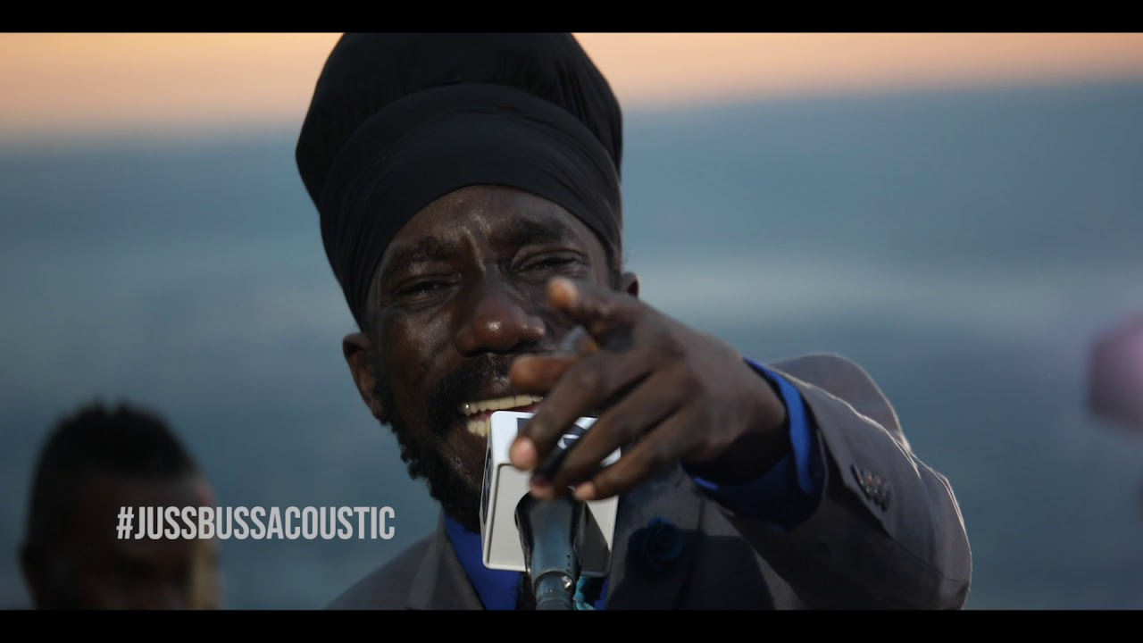 Sizzla - Taking Over @ Jussbuss Acoustic [9/15/2018]