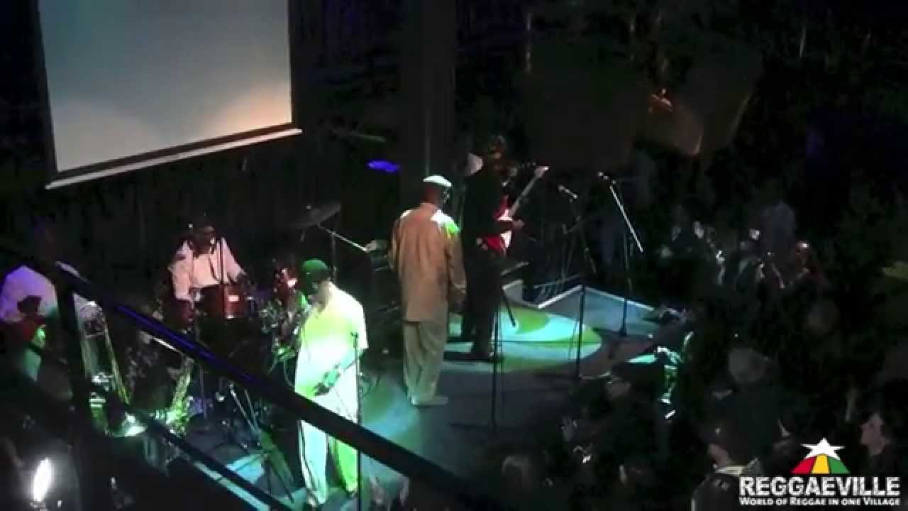Barry & The Aces - It Mek @ Grooving with the Legends in London, UK [11/12/2014]