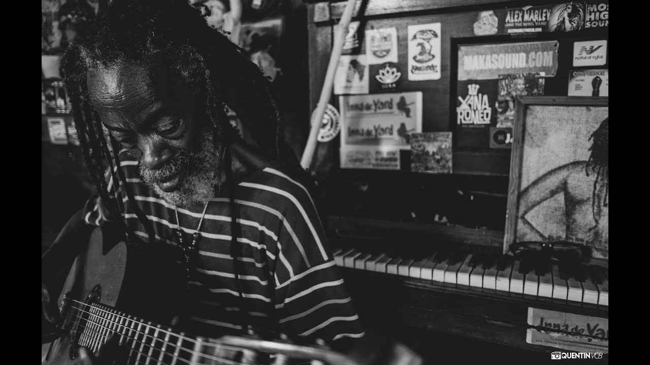 Earl Chinna Smith - Humble Servant in Kingston, Jamaica @Inna De Yard [6/17/2020]