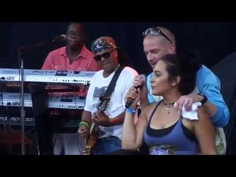 Collie Buddz - Blind To You @ Island Reggae Festival 2016 [7/7/2016]