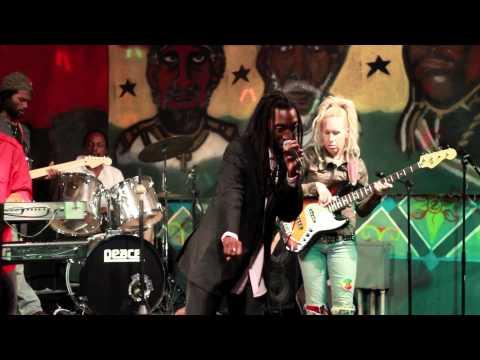 Menny More in Miami, FL [11/25/2011]