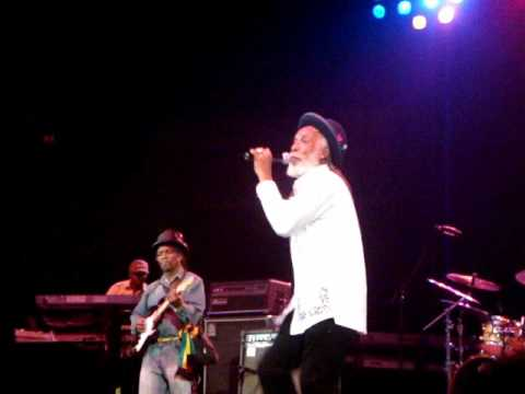 Big Youth - Long Beach, CA, United States @ Long Beach Sports Arena [2/20/2010]