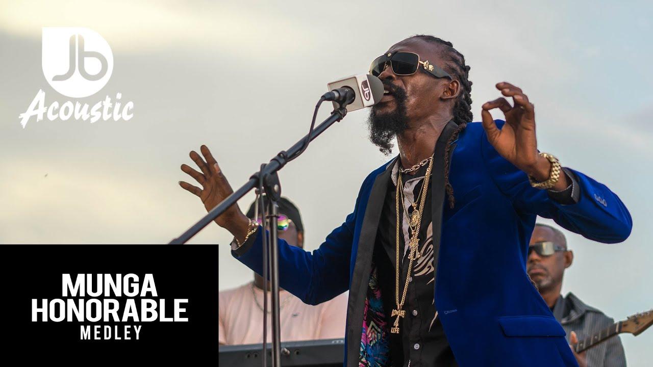 Munga Honorable - Medley @ Jussbuss Acoustic [12/8/2019]
