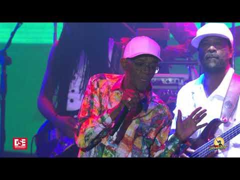 Beres Hammond - Step Aside, She Loves Me Now & I Wish @ Reggae Sumfest 2019 [7/20/2019]