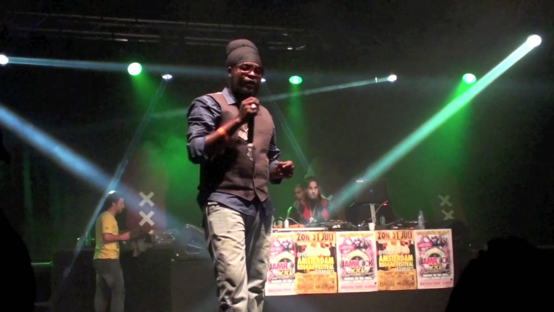 Pressure @Amsterdam Reggae Festival [7/31/2011]
