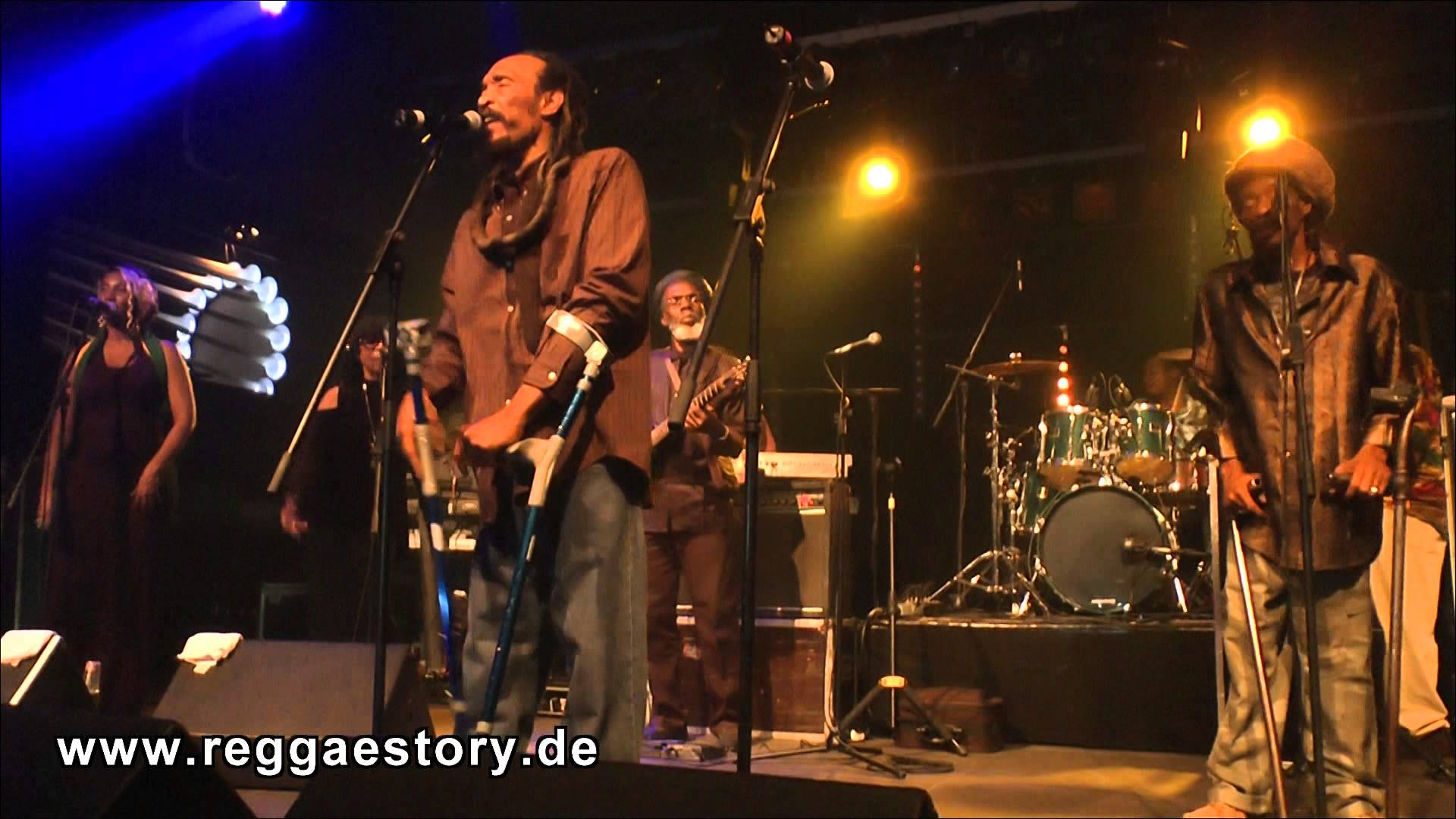 Israel Vibration in Berlin, Germany @ Yaam [6/9/2015]