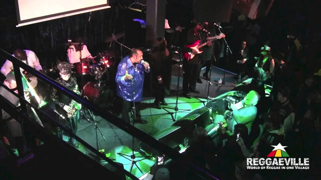 Barry Biggs - Wide Awake In A Dream @ Grooving with the Legends in London, UK [11/12/2014]
