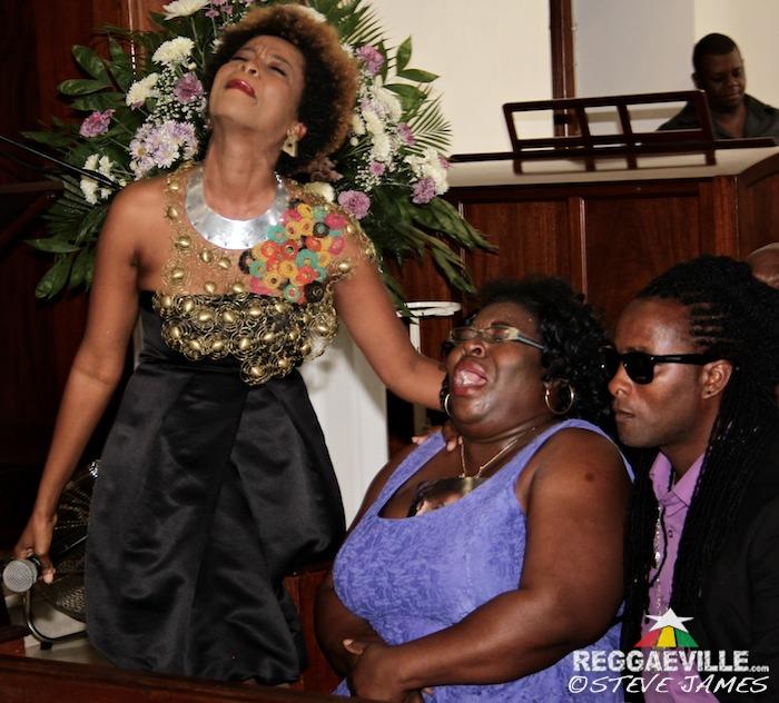 j capri funeral pics of florence - photo#35