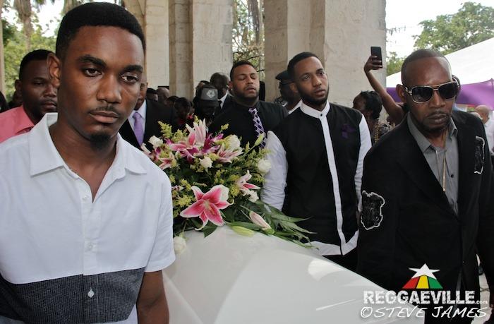 j capri funeral pics of florence - photo#31